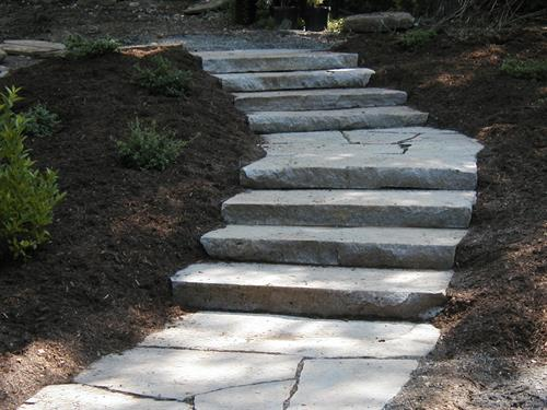Steps must be designed for comfort and safety, as well as for fitting comfortably into the outdoor space