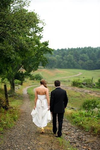 Salem Cross Inn is a beautiful spot for a New England wedding