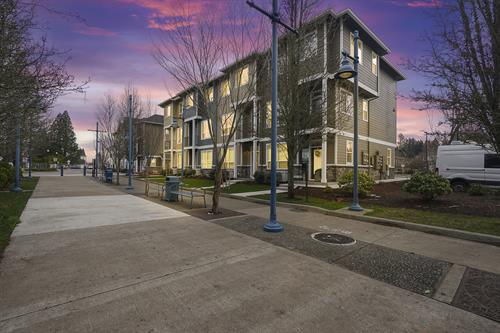 Oregon Street Townhomes in Sherwood, Oregon