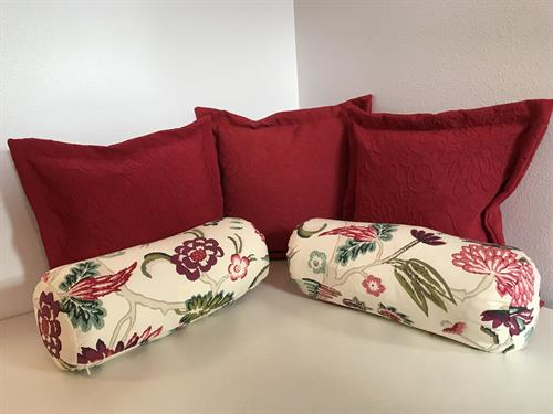 Home Dec pillows