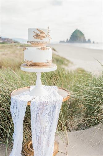 Fondant designed wedding cake