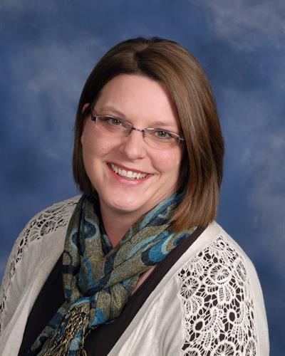 Teresa Lyall, Sales Associate