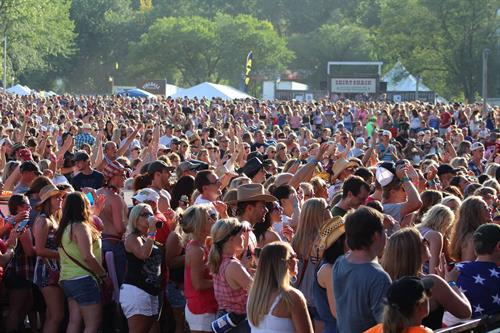 Country Jam crowd