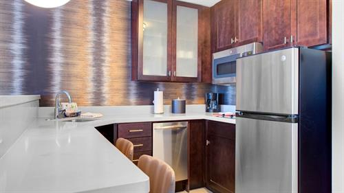 Suite Fully Equipped Kitchen