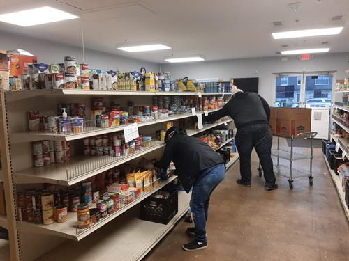 Self-select Food Pantry preserves dignity and offers educational opportunities at GRACE Food Pantry.