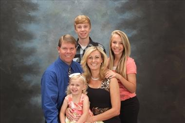 Vevera Family
