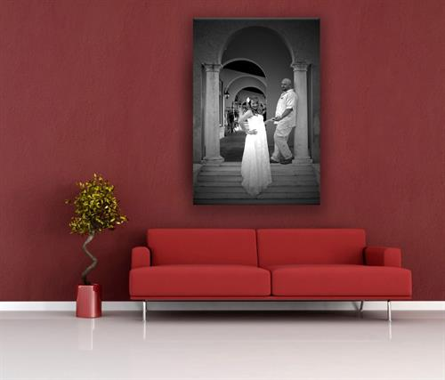 Wall Wedding