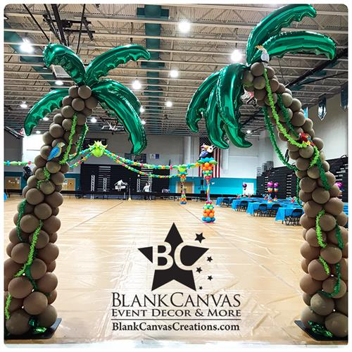 Gallery Image Palm-Tree-Balloon-Sculpture-Palm-Bay-FL-by-Blank-Canvas.jpg