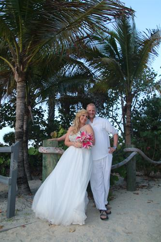 Cocoa Beach is the best beach for your Wedding in Paradise!