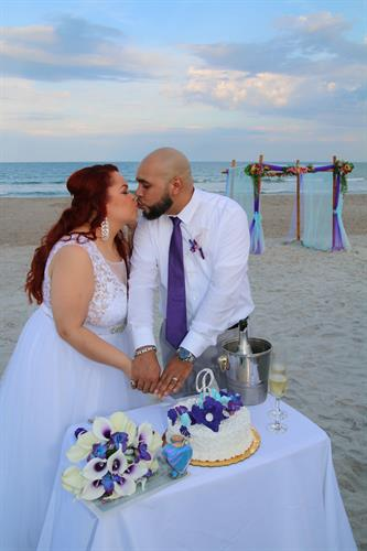 Beach side cake receptions!
