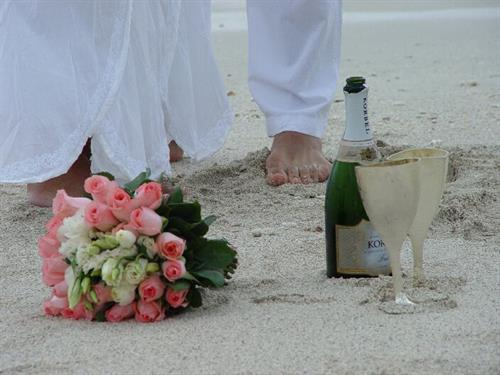 Cocoa Beach Weddings located on A1a at Surfside Wedding Chapel.