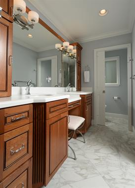 Master with separate watercloset