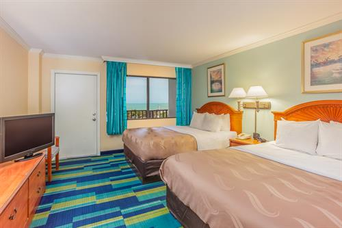 Quality Inn & Suites Cocoa Beach Guestroom