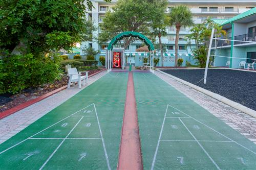 Quality Inn & Suites Cocoa Beach Shuffleboard