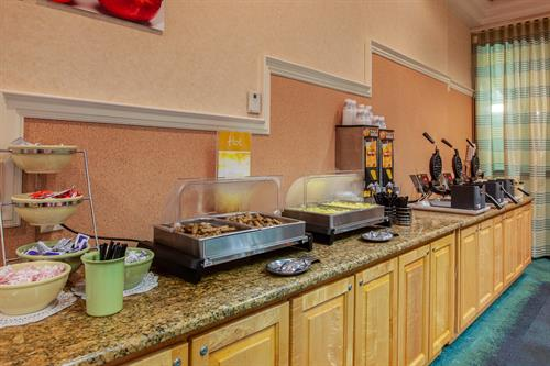 Quality Inn & Suites Cocoa Beach Breakfast