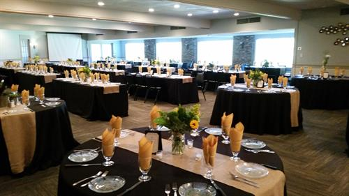 Large events such as seminars or weddings are held in our events center with seating up to 150 people overlooking the Eagle Creek Golf Course