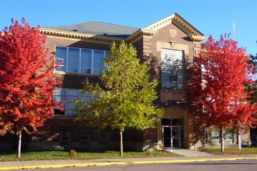 Discovery Public School on a beautiful fall day in Minnesota!