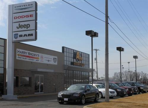 Gallery Image Jeep-Store-Front.jpg