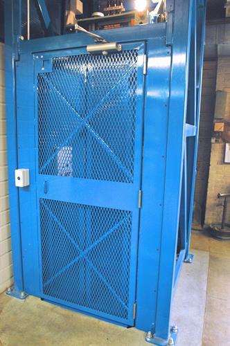 HUMPHREY MANLIFT PRECISION LANDINGTM PERSONNEL ELEVATOR
