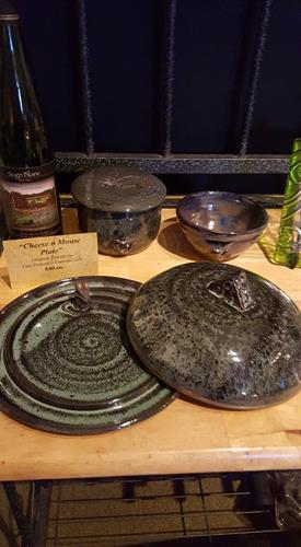 Pottery by Lisa D. All items made by this artist are for sale.