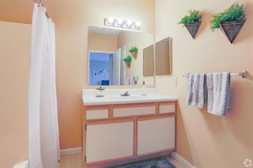 Gallery Image Hall_bath.jpg