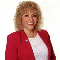Lucy Massey - RE/MAX Select Homes