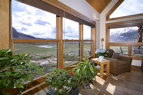Valley views from your livingroom