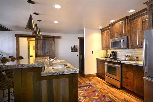 Full kitchens make mealtime a breeze!