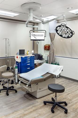 Surgery center in Johns Creek office location.