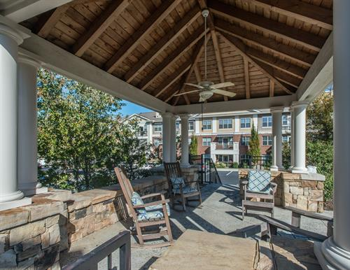 Gallery Image Park_at_Johns_Creek-16-cabana.jpg
