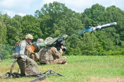 U.S. Army Soldiers, assigned to 101st Airborne Brigade, fire a Javelin Anti-Tank Missile system during a large-scale platoon live-fire exercise at Fort Campbell, Ky., July 29, 2016. U.S. Army photo
