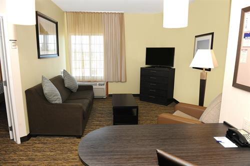 Suite offering a full kitchen, free WiFi and DVD player