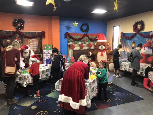 Boomers! Christmas 2019 Santa's Workshop