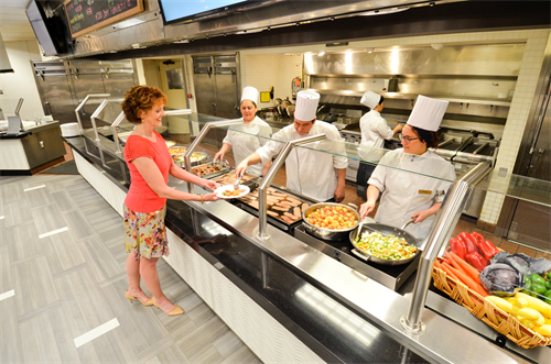 Award-winning culinary program with partnerships with local farms and focus on a variety of fresh ingredients.