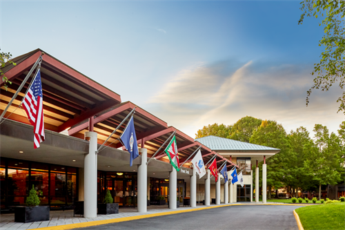 Distraction-free campus with 65 wooded acres, 265,000 square feet of flexible function space, 250 meeting rooms, and Northern Virginia's largest ballroom (up to 1,800 people).