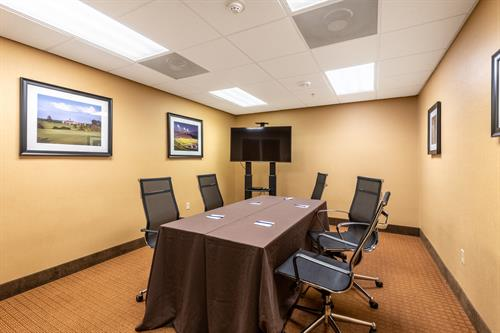 Need room for a small meeting, we have you covered.