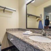 Queen Room Vanity