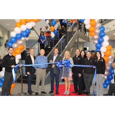 Onelife Fitness Perimeter Ribbon Cutting Dunwoody Chamber Chamber Business