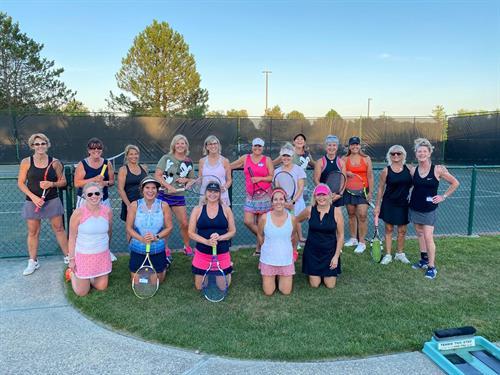 Gallery Image Ladies_Tennis_Guest_Night.jpg