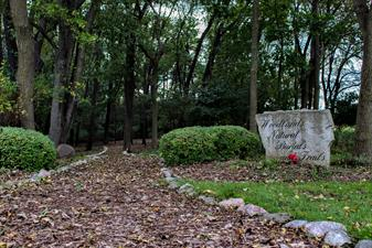Willow Lawn Memorial Park and Aarrowood Pet Cemetery