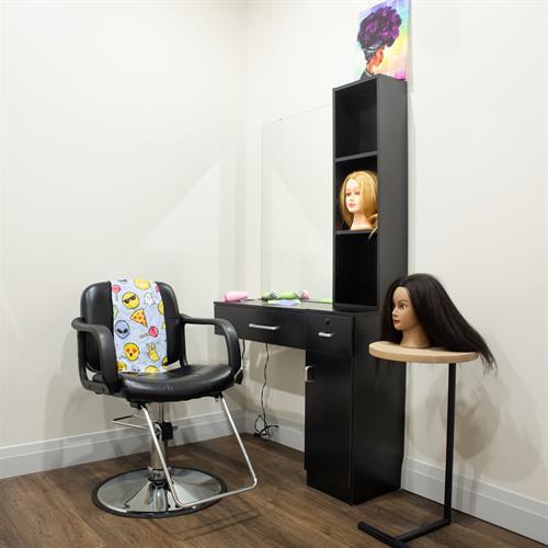 Gallery Image Mock_Hair_Salon_Pic_X1B.jpg