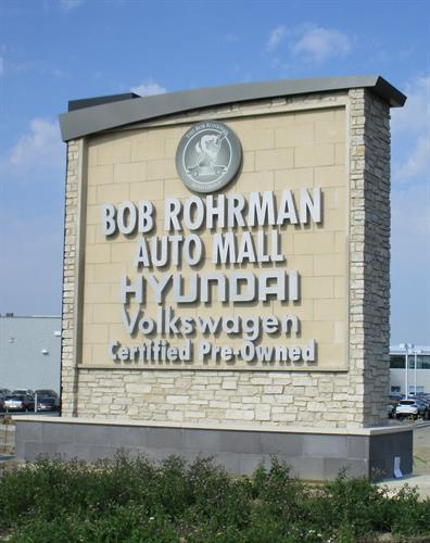Bob Rohrman Auto Mall Freestanding Sign