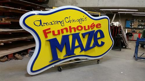 Amazing Chicago's Funhouse Maze Wall Sign