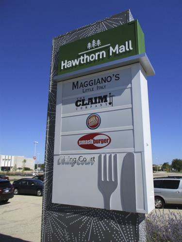 Hawthorn Mall Freestanding Sign