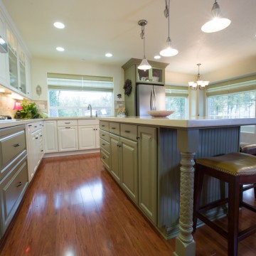 Gallery Image bk_traditional_kitchen_002h.jpg