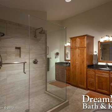 Gallery Image cs_large_master_bath_001b.jpg