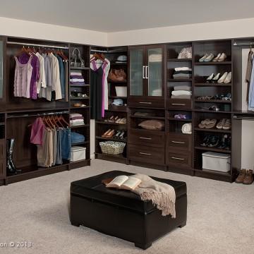 Gallery Image wt_closet_001e.jpg