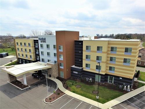 Fairfield Inn & Suites - Keystone Square