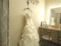 Dogwood Room Bridal Suite