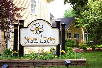 Yellow Daisy Bed and Breakfast